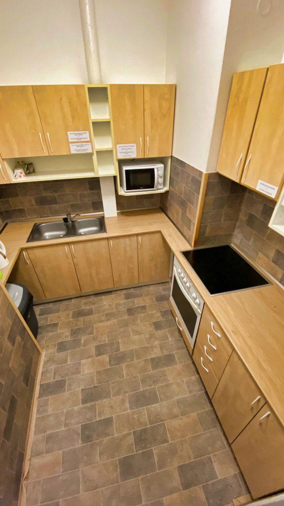 STARR kuchyňka pro hosty
